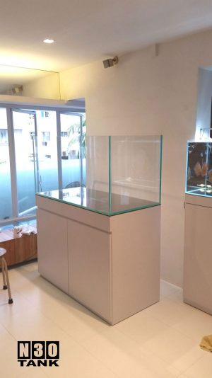 4ft-012 N30 Tank - 4ft Braceless Crystal Tank Set With Cabinet Tank Set. All Crystal Glass (USA) All Sides Including Base