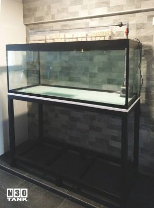 MT-816: N30 Tank 60 inch (L) x 24 inch (W) x 24 inch (H) 12mm all Japan grade 1 glass with heavy-duty mild steel stand. N30 glass overhead Filter Tray, pipe set and Marine Pure Media set with Eheim pump.